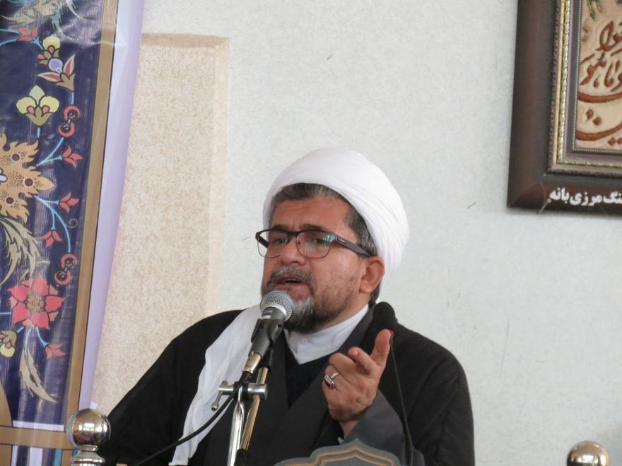 جمهوری اسلامی پرچم دار وحدت در جهان اسلام است